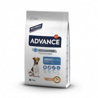 Special Dog šunų konservai, gabalėliai su Vištiena 720g